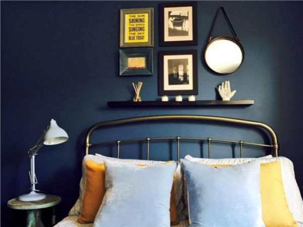 bedroom vibe blue wall