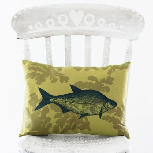 fish-silk-cushion-yellow-579-p[ekm]500x500[ekm]