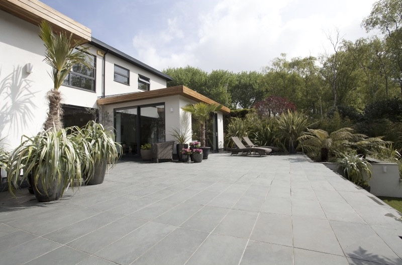MSS02-78-brazilian-grey-slate-paving