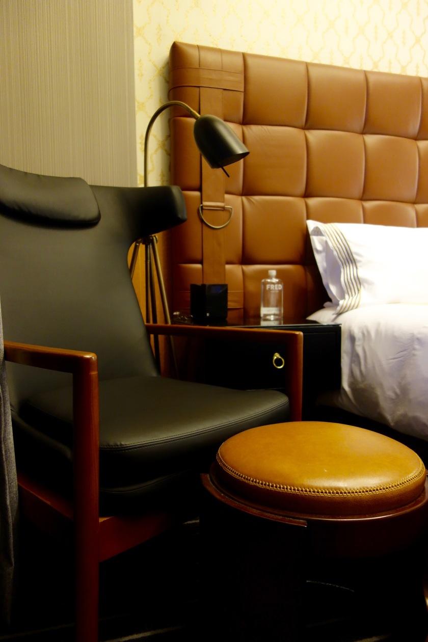 gild-hall-bedside